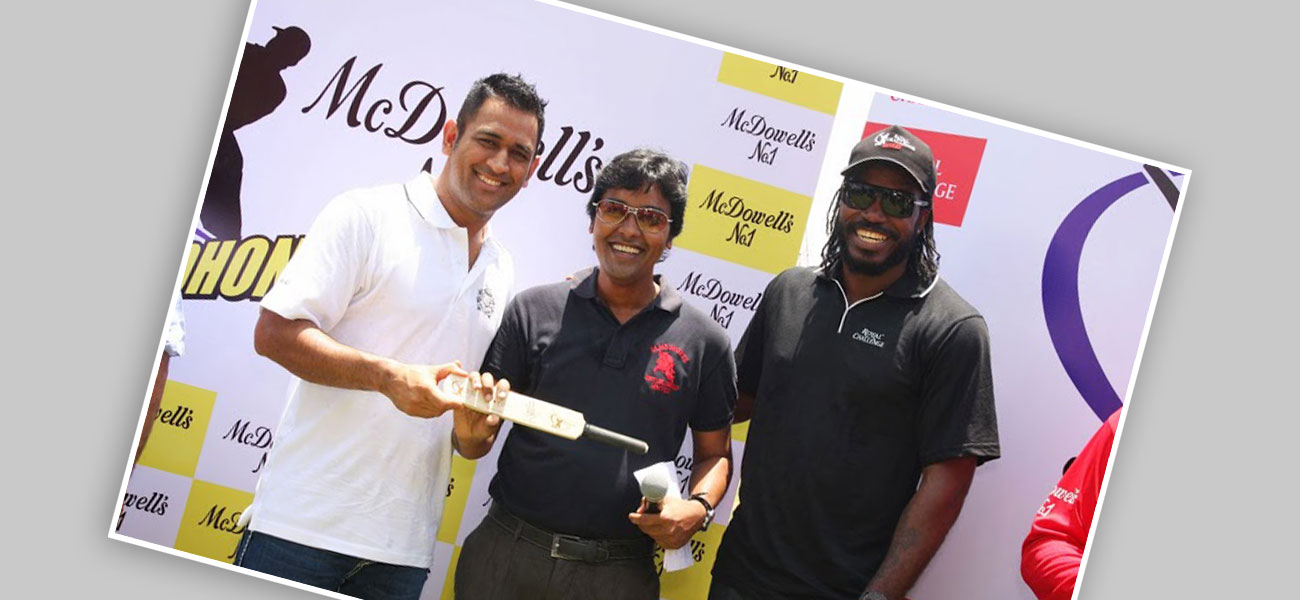 With Mahendra Singh Dhoni and Chris Gayle – Popular Cricketers